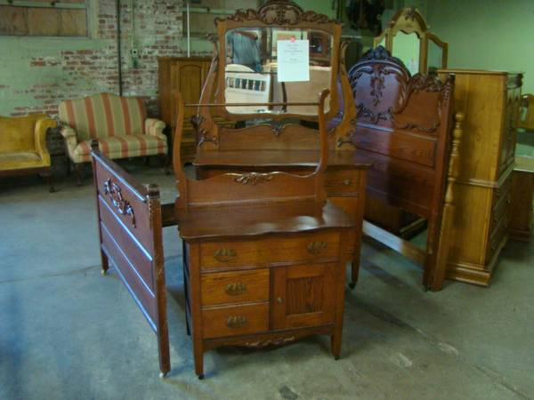 National Mt. Airy Mahogany Lingerie Chest