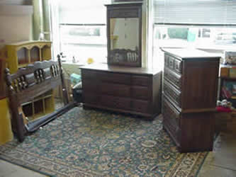 3 Piece Oak Queen Size Bedroom Set